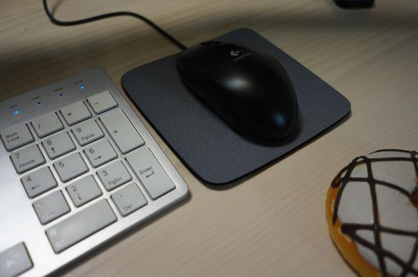 다이소에서 구입한 노트북용 마우스패드