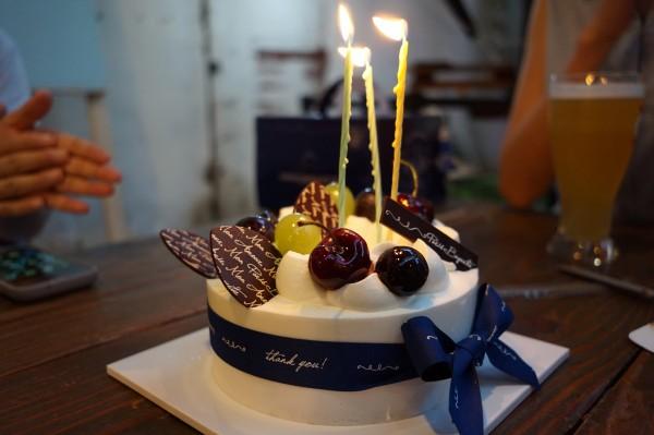 에딩거 둔켈과 생일케익 @대림창고